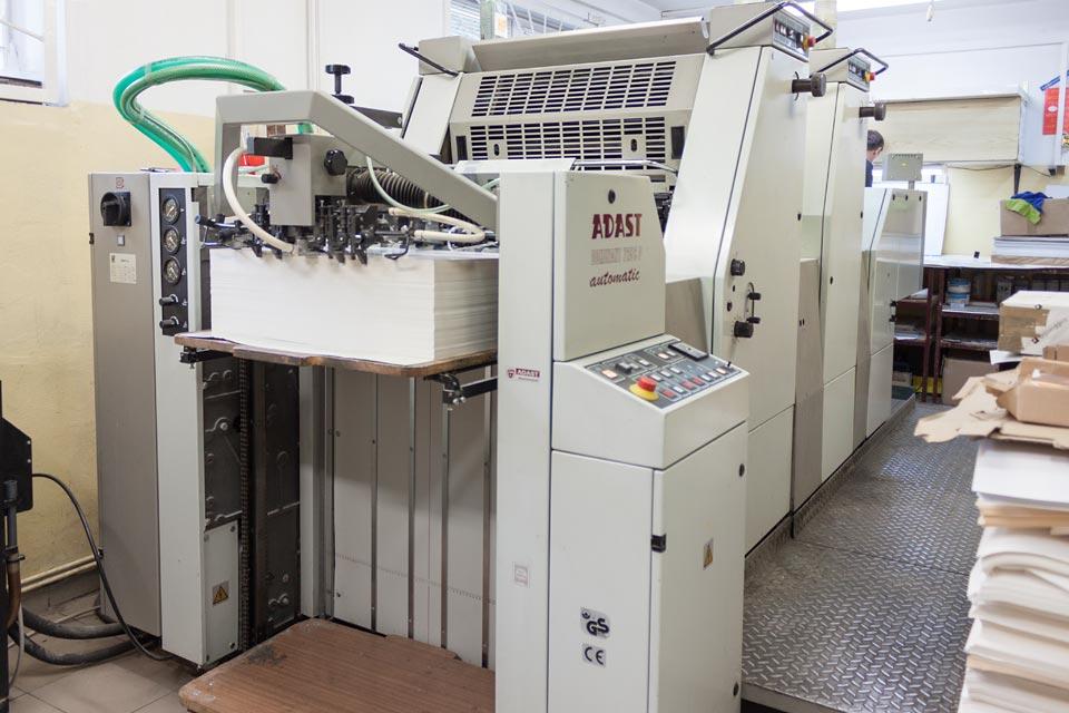 Maszyna drukująca offsetowa 2-kolorowa Adast Dominant 725 CP
